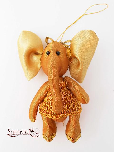 игрушка на елку слоник