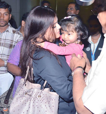 Aishwarya, Aaradhya and Abhishek snapped arriving at the airport images