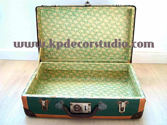 KP. tienda vintage_maletas_antiguas_old_suitcase_valise_Original-Möbeln_vintage_valencia_grünen_Koffer_gebrauchte_Möbel_Meubles_originaux_valise_verte_Meubles_de_seconde_main