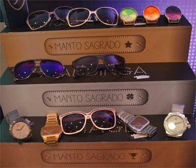 Coleção Manto Sagrado Chilli Beans: óculos e relógios Copa do Mundo futebol Brasil
