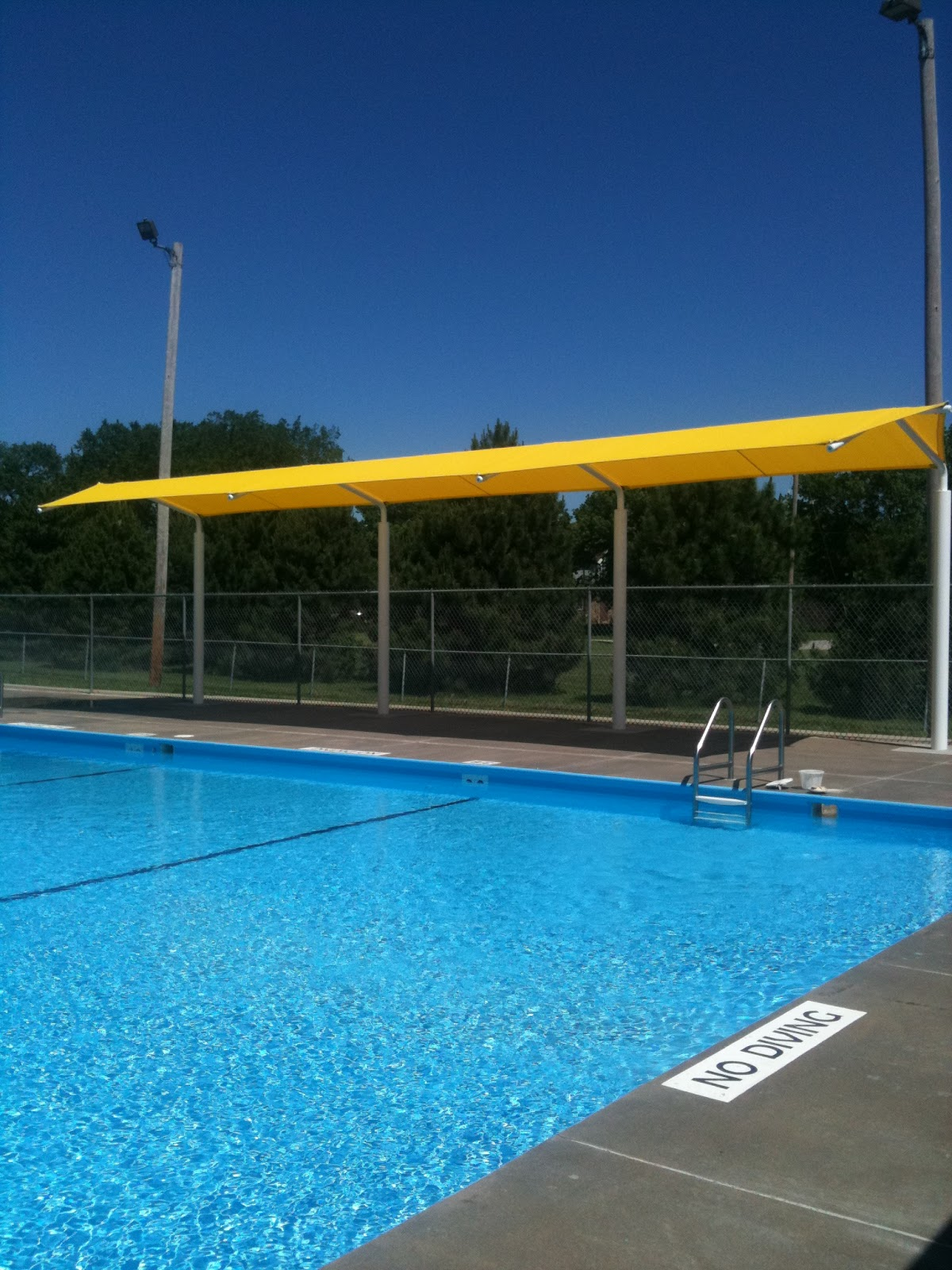 Swimming pool shade in dubai abu dhabi uae for Swimming pool suppliers in dubai