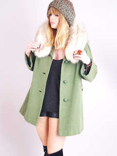 Vintage 1960's green cashmere swing coat with fox fur collar