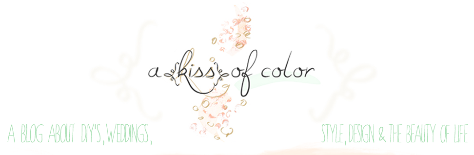 A {Kiss} of Color 
