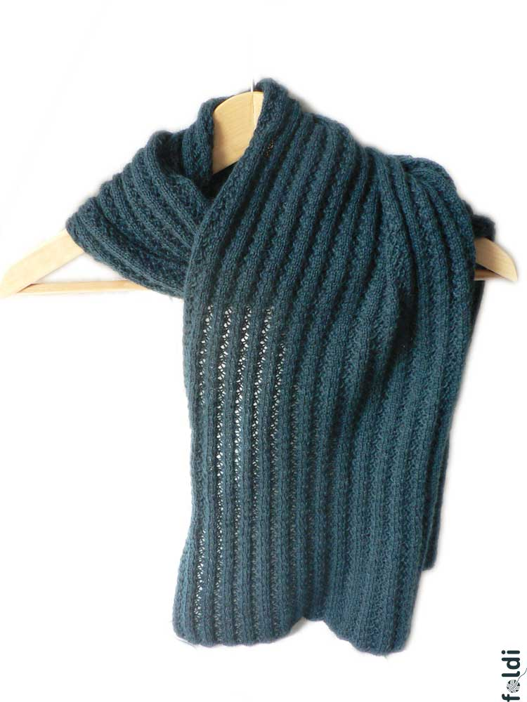 foldi: Mohair blend scarf