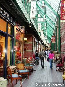 Porte de Clignancourt Flea Market