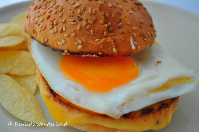 Egg & Cheese Burger