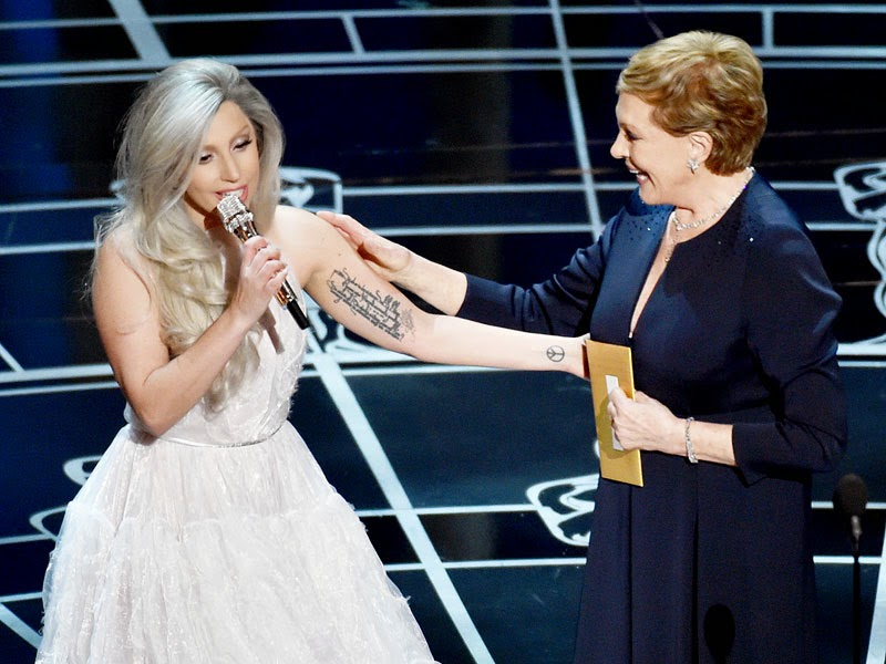 Lady Gaga y Julie Andrews en Los Oscars 2015