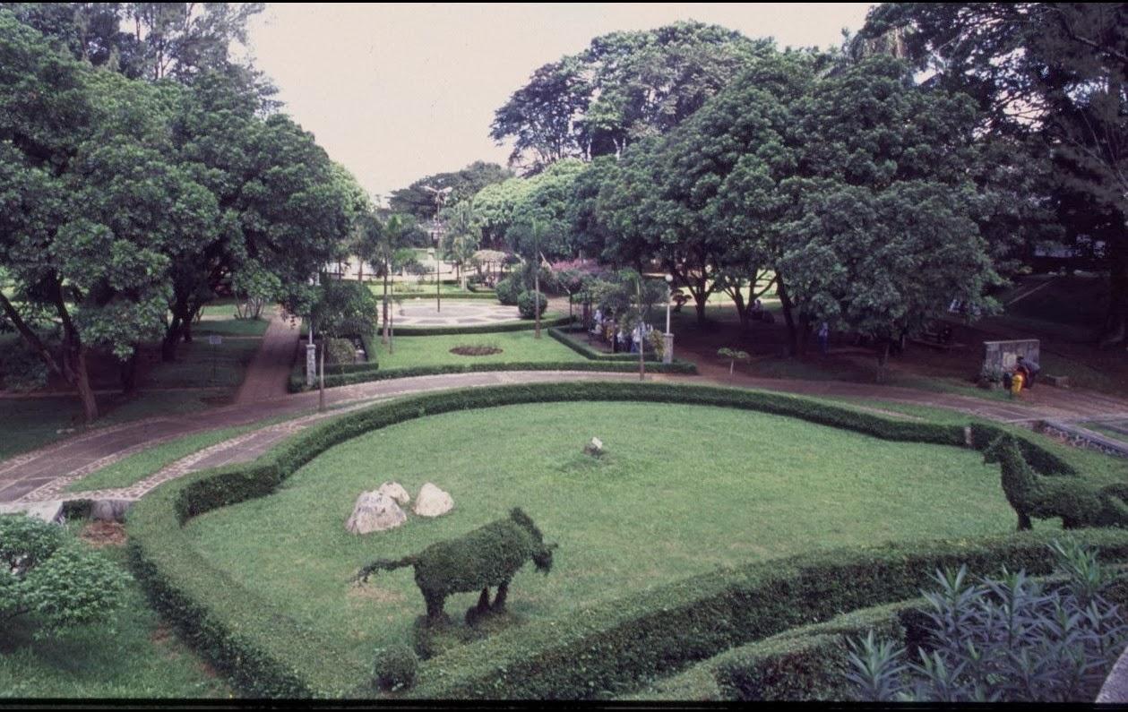 Taman Kota Bandung di Jalan Merdeka