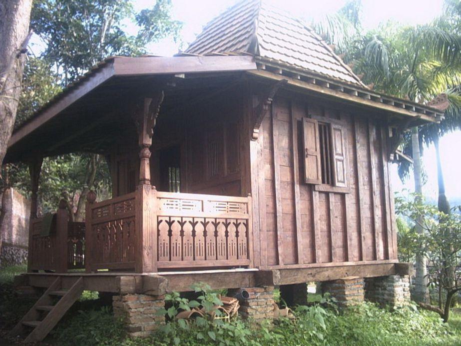 contoh rumah kayu dari jawa yang menarik