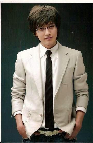 Park Hae-Jin as Han Jae-Joon