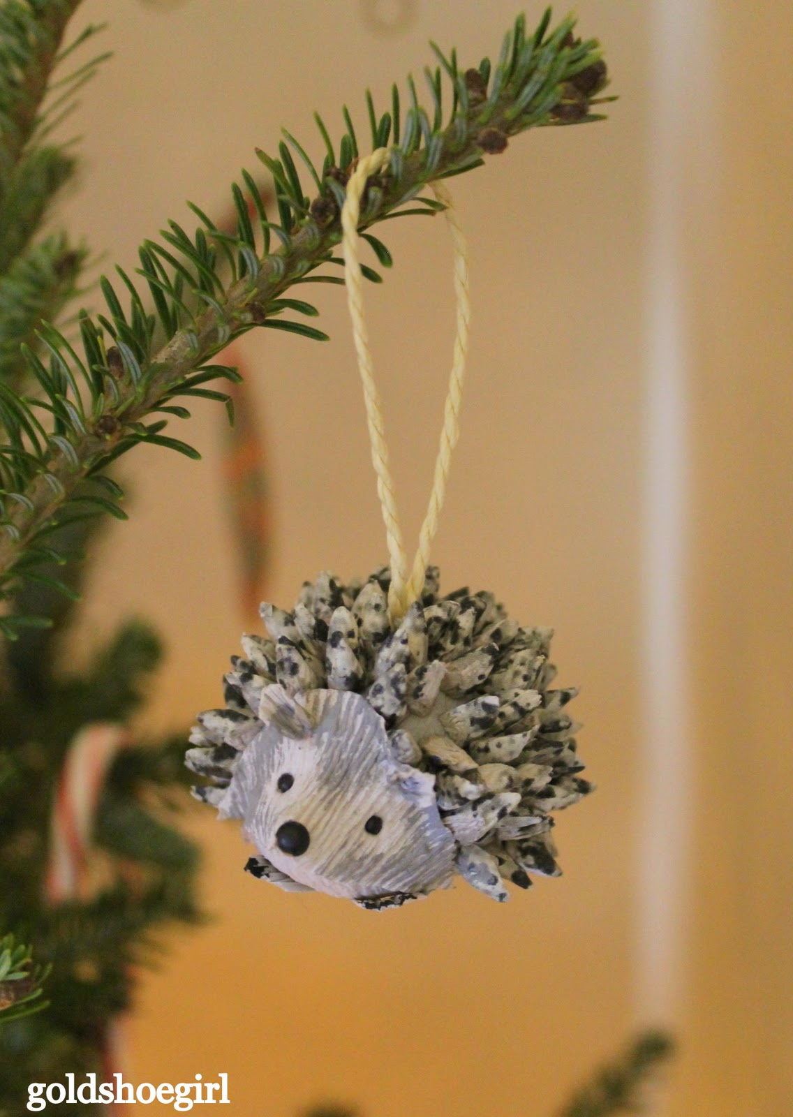 pine+cone+porcupine+christmas+ornament.j