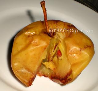 sladica z jabolka