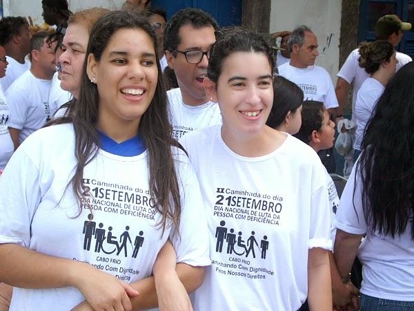 Cabo Frio caminhada dá início à programação da Semana de Luta da Pessoa com Deficiência