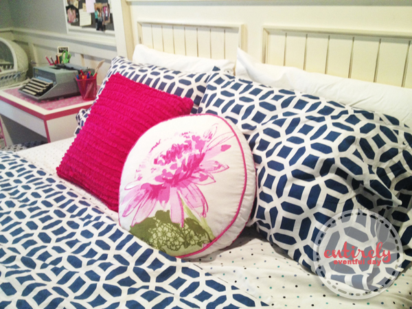 I am in love with this pink an blue bedroom for a girl! So many darling ideas! entirelyeventfulday.com #bedroom #kidsroom