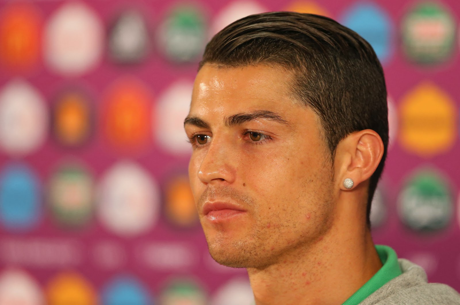 Related Wallpapers Cristiano Ronaldo Hairstyles 2011