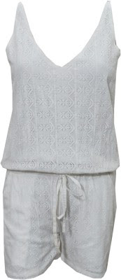 http://www.flipkart.com/indiatrendzs-embroidered-women-s-jumpsuit/p/itmea42rgzvb9zuj?pid=JUMEA42RRBUV5ZFR&ref=L%3A3606686280922318177&srno=p_11&query=Indiatrendzs+Jumpsuit&otracker=from-search