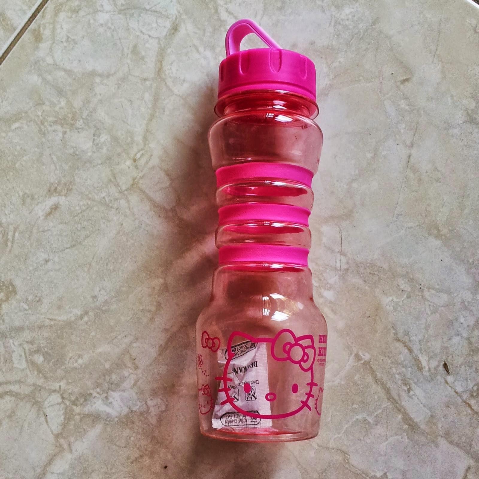 Gambar botol minum gambar hello kitty untuk anak