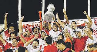 Gambar Pemain Kelantan meraikan muncul Juara Liga Super buat pertama ...