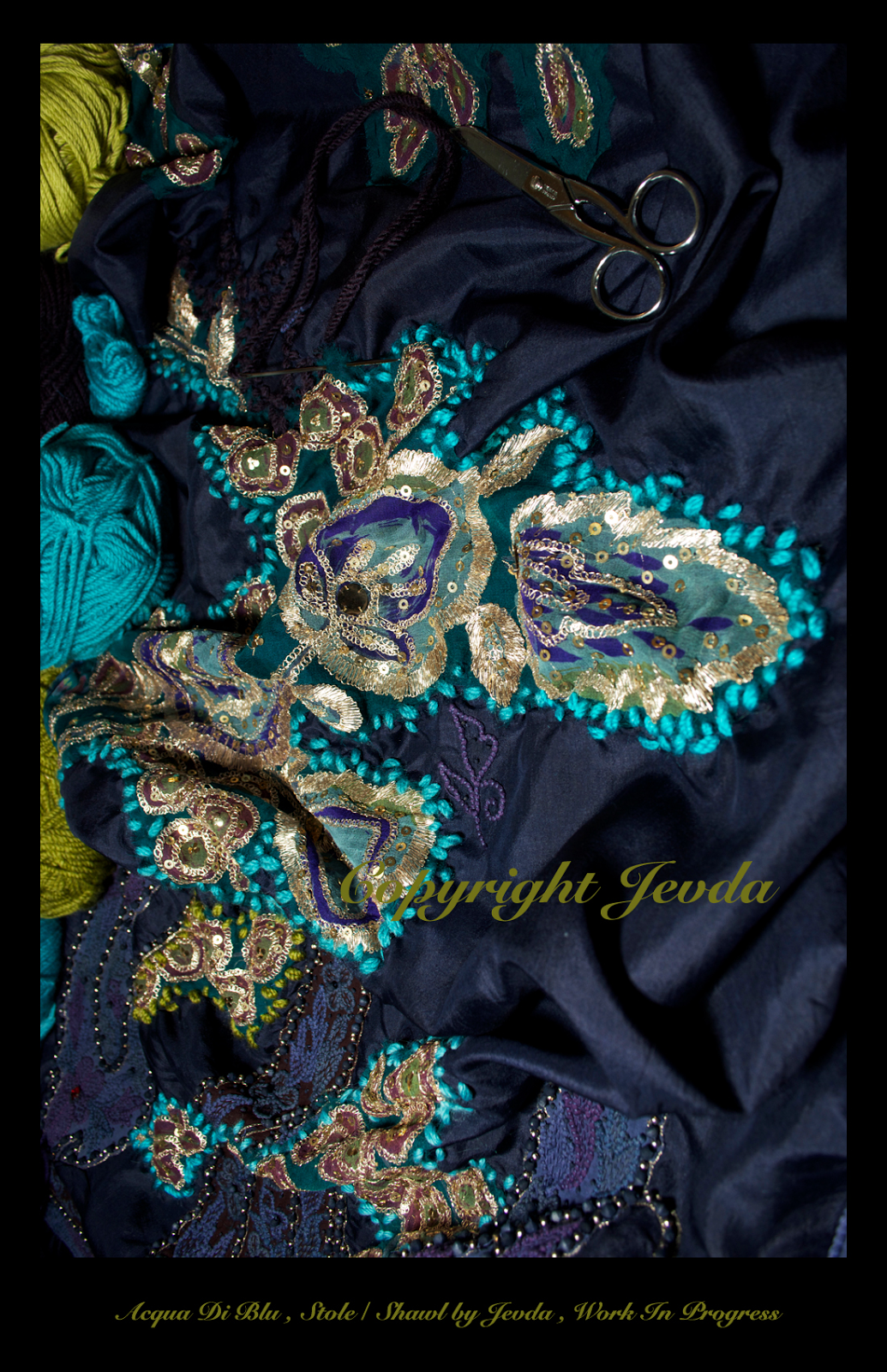 LUXURIOUS STOLE