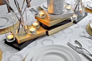 Jantar romântico decoração de mesa com livros