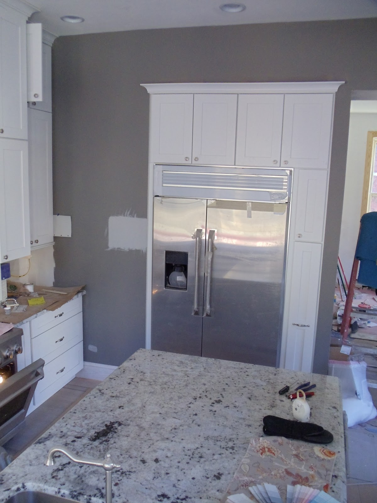 Kitchen and Family Room Paint-Big Ol' Fail
