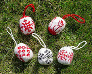 Елочные шары в норвежском стиле
