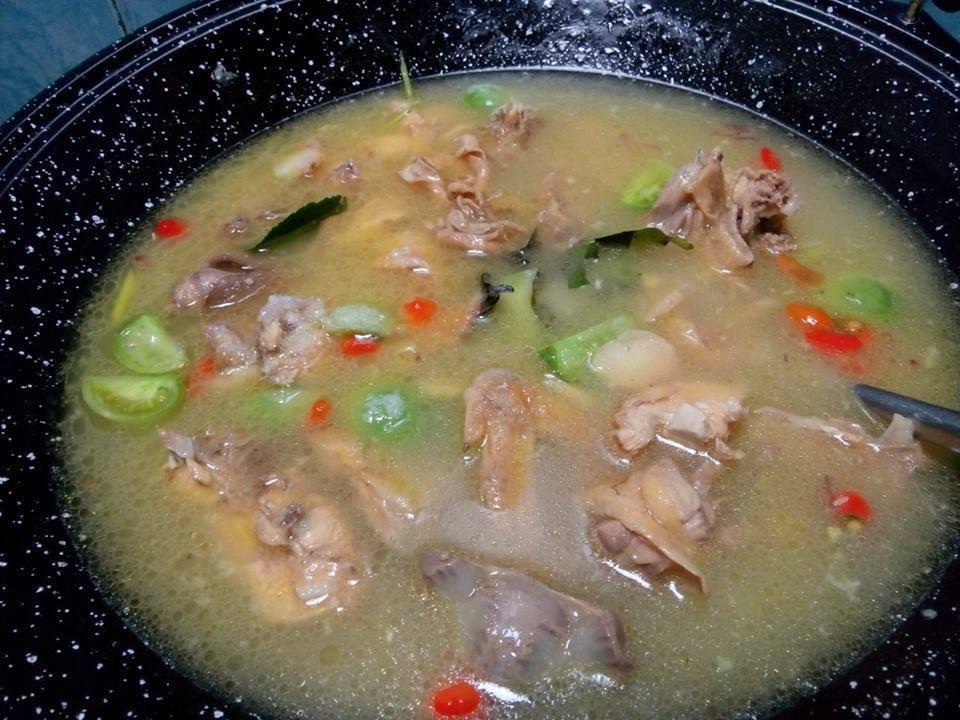 Hasil gambar untuk garang asem ayam kuah
