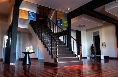 Escadaria interna no Museu da Gente Sergipana, em Aracaju - Sergipe