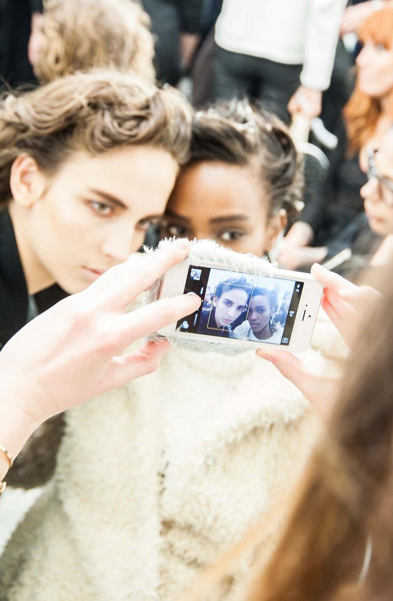 Milan fashion week backstage / what to wear to Milan fashion week / via fashioned by love