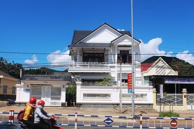Gia Lai: Kẻ gian phá két sắt, trộm gần 2 tỷ đồng