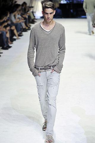 Modern Jeans For Men Designer Jeans Delivery In Pakistan