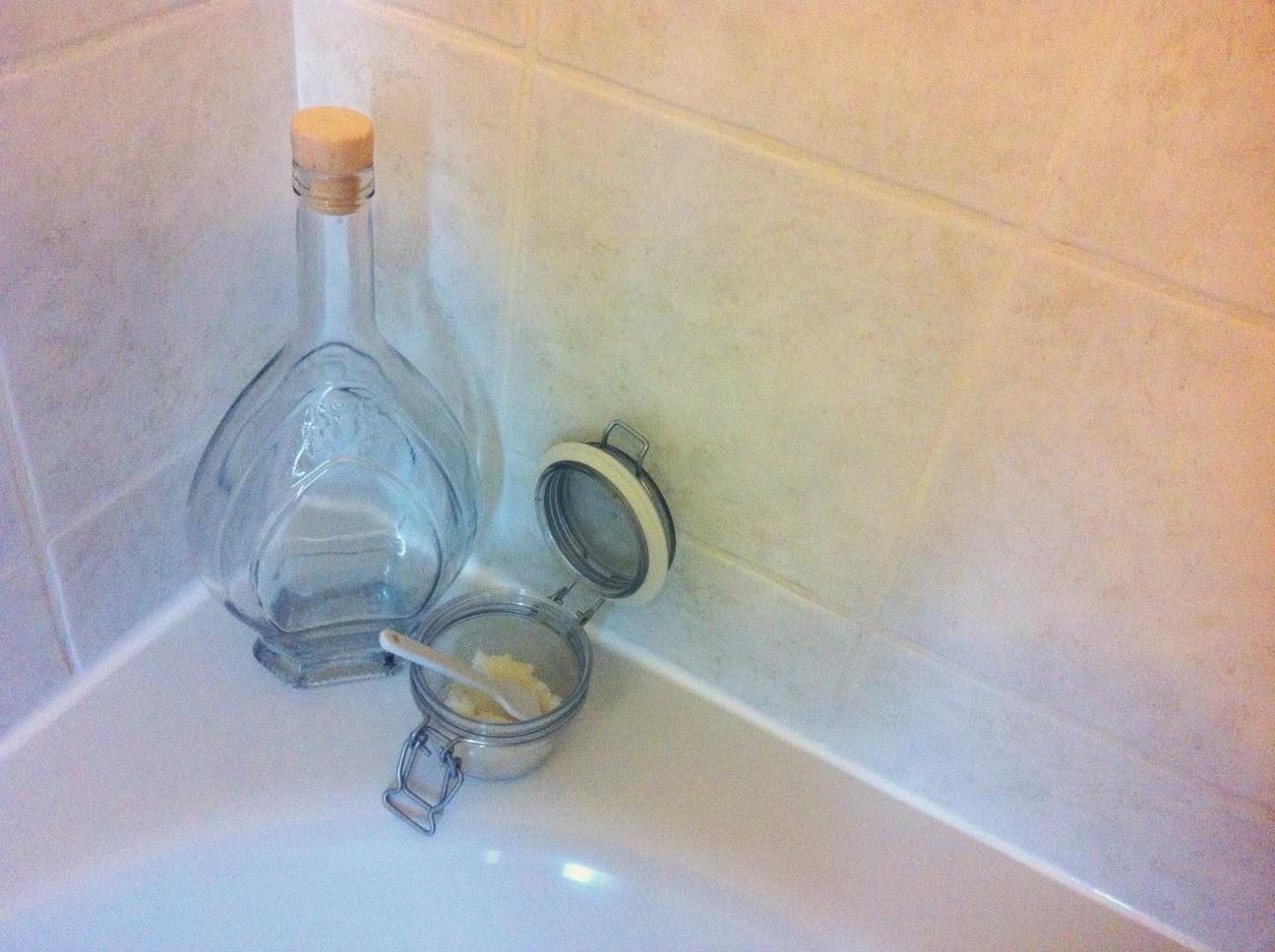 scrub home made fai da te, scrub miele e zucchero, cosmetici biologici, ecobio