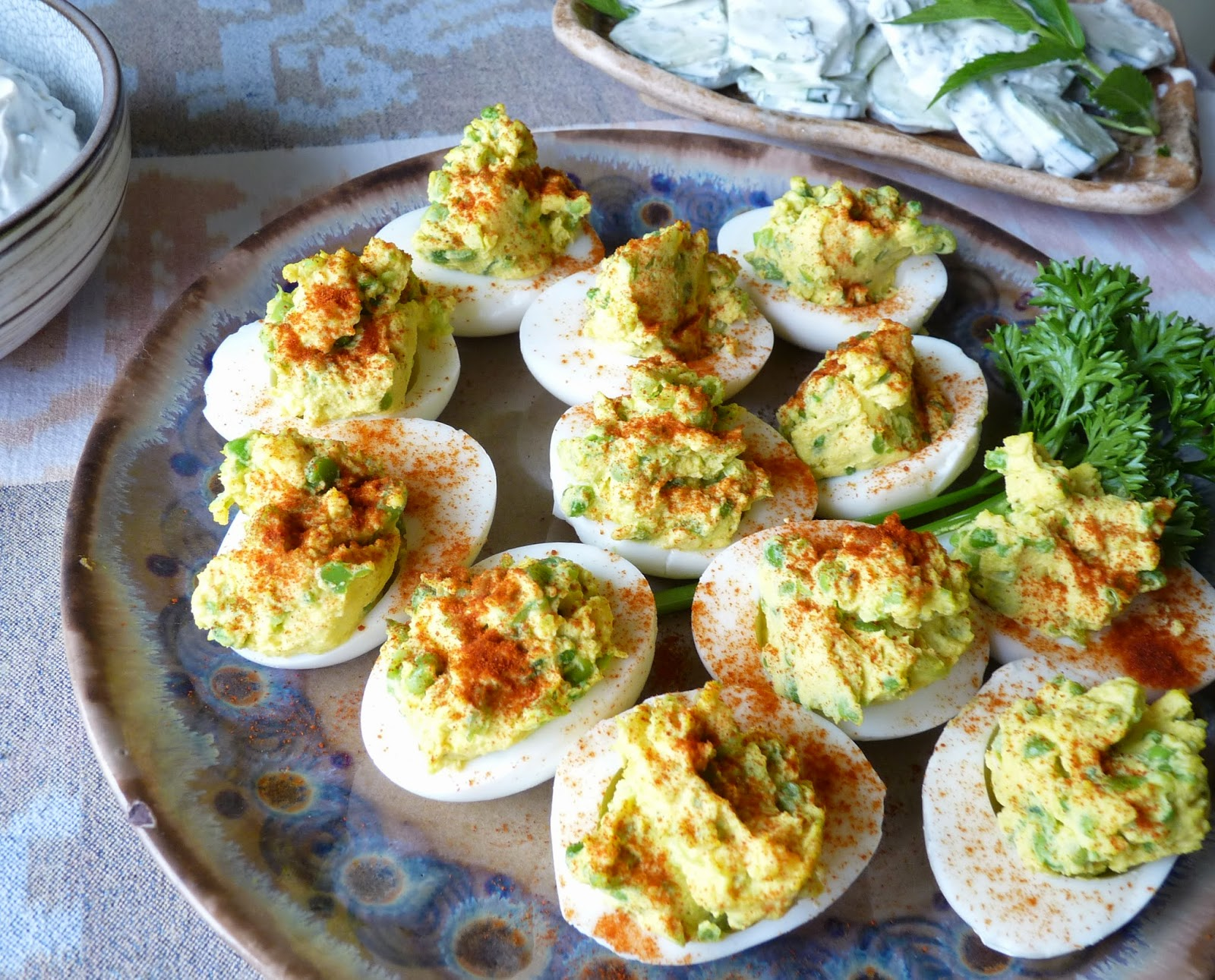 Curried Devilled Eggs with Peas