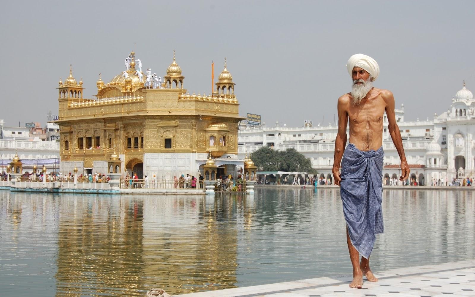 http://4.bp.blogspot.com/-vlA634x50L0/UPKbzw8ziFI/AAAAAAAAASA/fs6xkymJ2nY/s1600/the-golden-temple-india-1920x1200.jpg