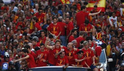 jugadores futbol españa madrid desfile
