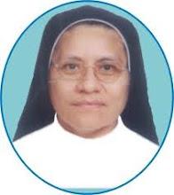 """Sor.  Flor Díaz Pinglo Directora de la I.E. """"LAS CAPULLANAS"""""""
