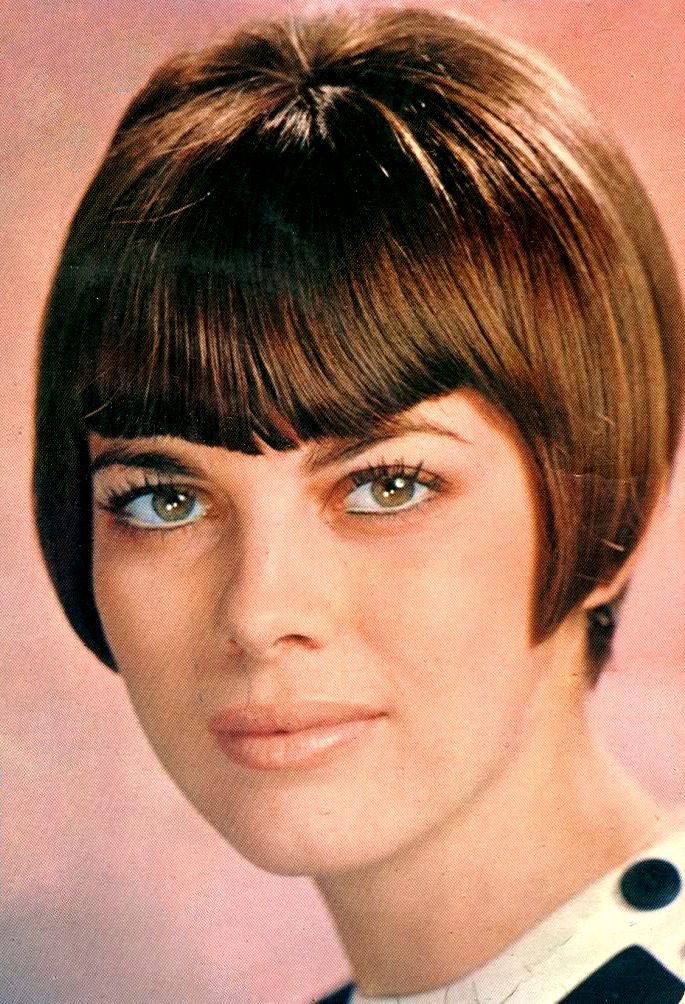 love early Mireille Mathieu haircut Mireille Mathieu