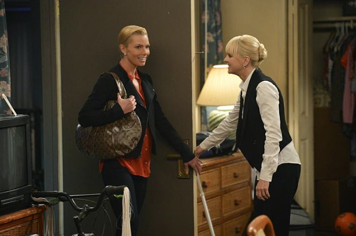 Mom - Episode 2.02 - Figgy Pudding and the Rapture - Promotional Photos