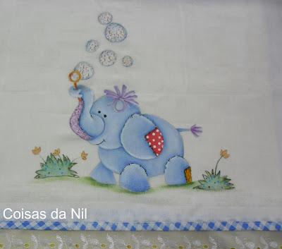 fralda pintada para menino com elefantinho