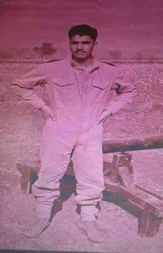 General Raheel Sharif, General Raheel Shareef, Pakistan, Pak, Army, Rare, Unseen, Young, Child, Motivational, Images, Photos, Jawans, Namaz, Pictures, Pics, Shaheed, peshawar school attack