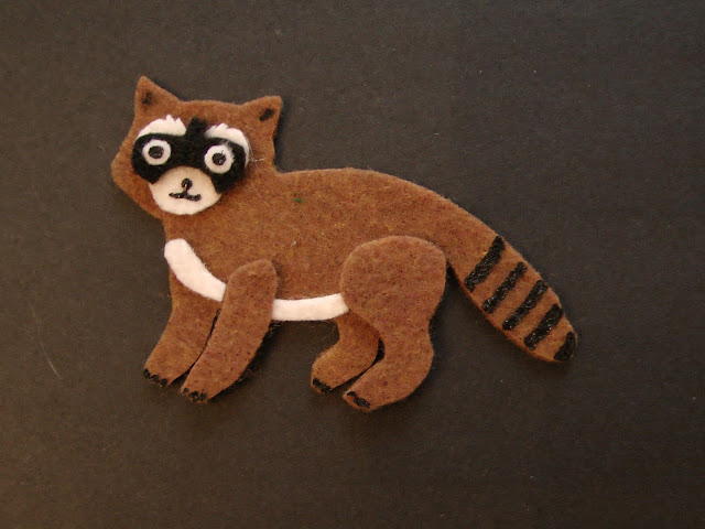 Felt Board Raccoon