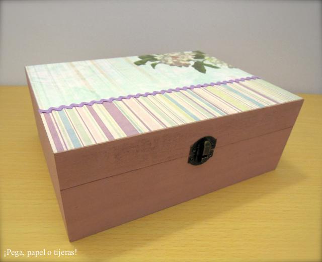 Pega papel o tijeras caja decorada para flores de bach - Cajas forradas de papel ...