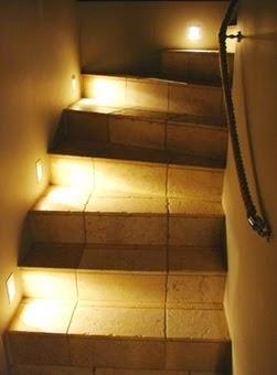Ideas de iluminaci n fotos e im genes de iluminaci n - Iluminacion de escaleras ...