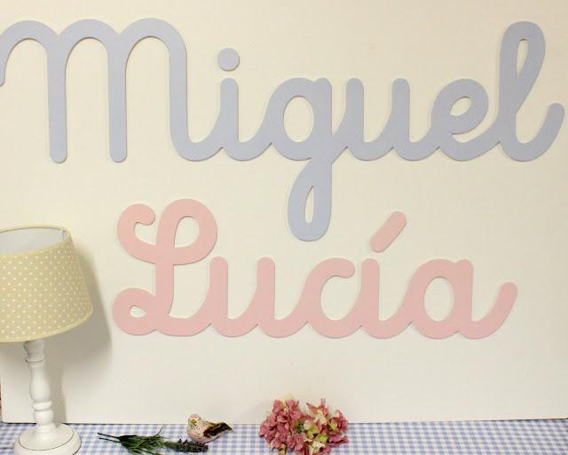 nombres en caligrafía y letras para decoración infantil