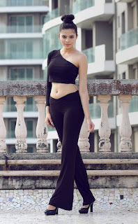Riddhi Jain in Stunning One side Sleeve Small Tank Top and Black Trousers Glamorous Pics