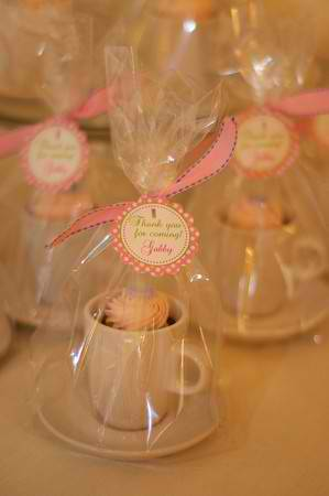 Foldover elastic diy easy to make party favors and gift ideas for Teacup party favors