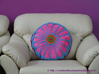 Crochet hexagon cushion cover5