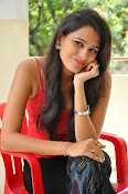 Swetha Jadhav glam pics in red top-thumbnail-4