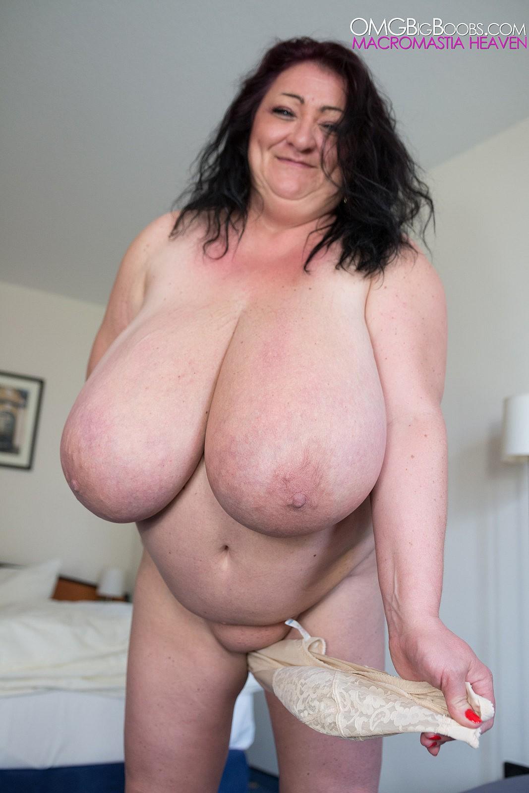 FOLLOW.TO.WERELOVEMEAT.PRIVAT: Sabrina.Meloni.-Huge.Tits ...