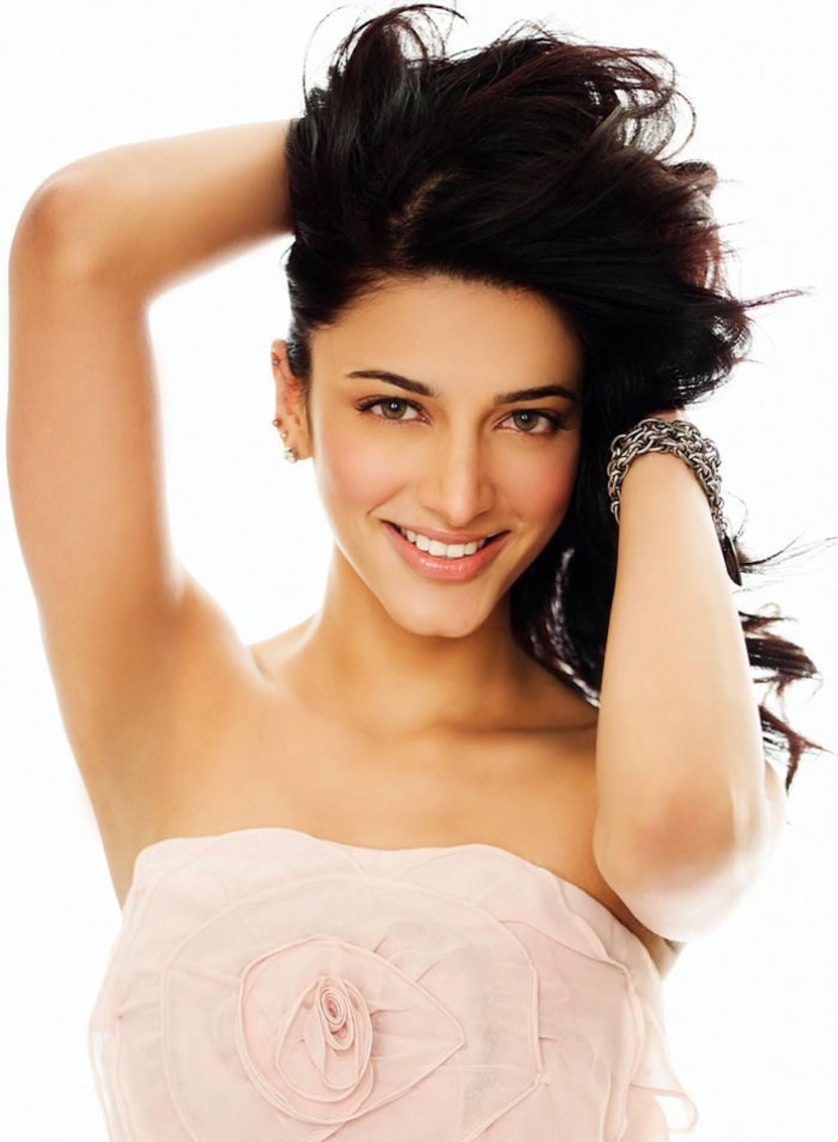 Shruti Hassan Wallpapers Free Download